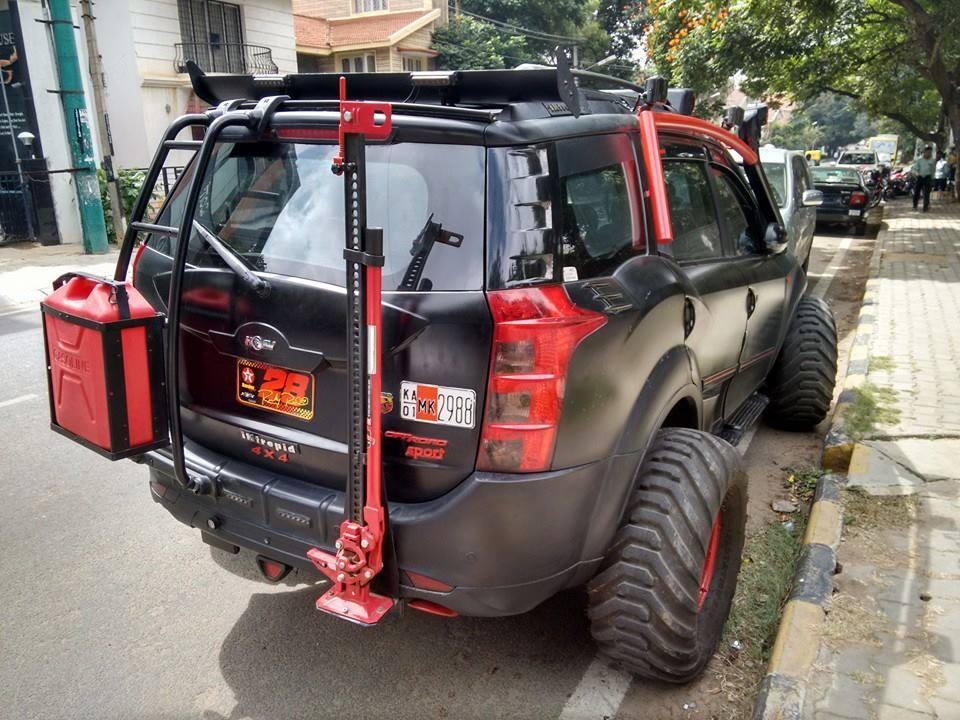 Mahindra XUV500 Intrepid 3