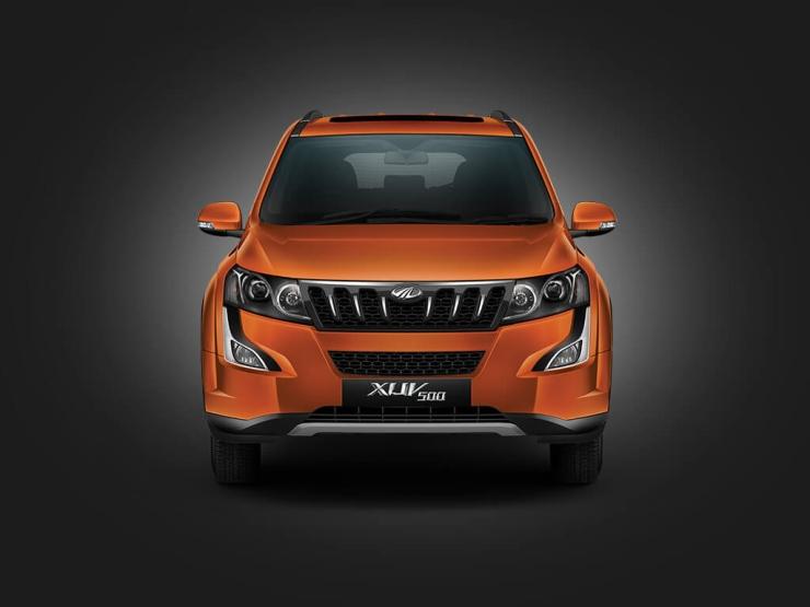 2015 Mahindra XUV500 Facelift 6