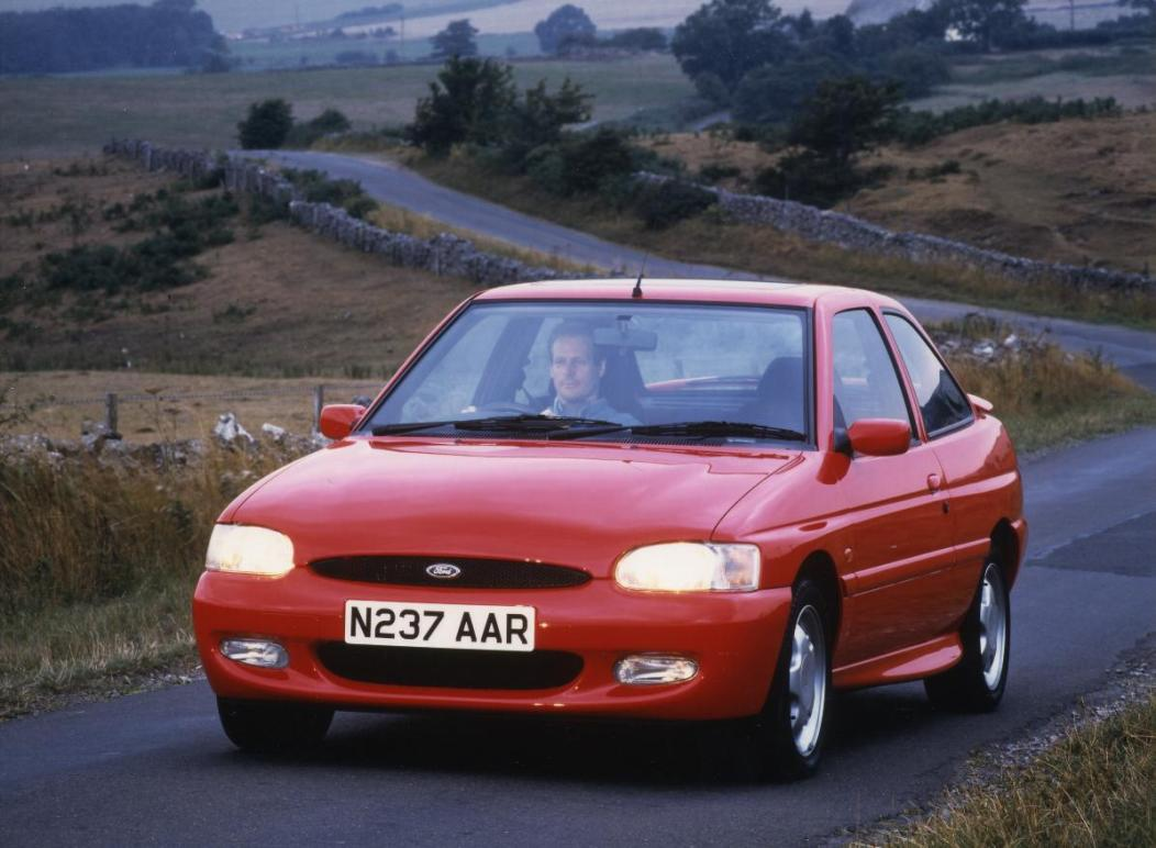 5 Forgotten Ford Cars Of India From Mondeo To Fiesta
