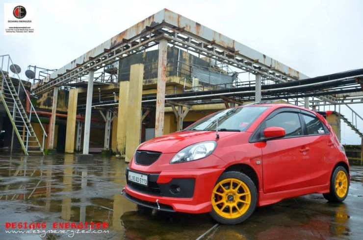 India's Fastest Accelerating Hatchback Below 5 Lakh Rupees
