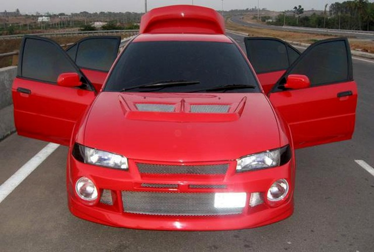 RedEye's Mitsubishi Lancer Sedan 5