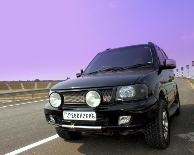 Tata Safari DICOR Custom 2