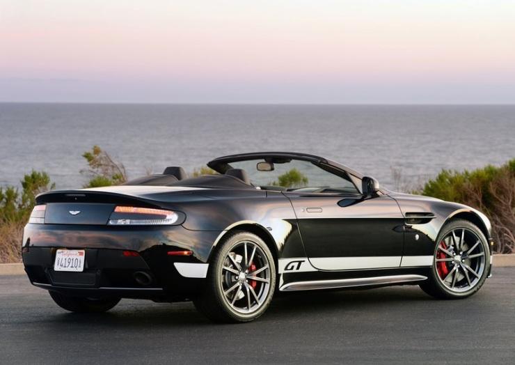 Aston Martin Vantage V8 Roadster 3
