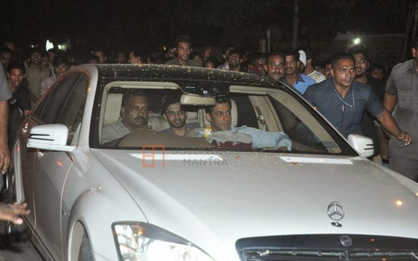 Salman Khan in his W221 Mercedes Benz S-Class