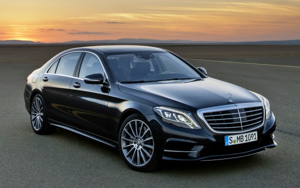 The W222 Mercedes Benz S-Class - The car in which Ruchir Modi gets carted around in India