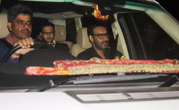 Ajay Devgn in his Mercedes Benz GL-Class SUV