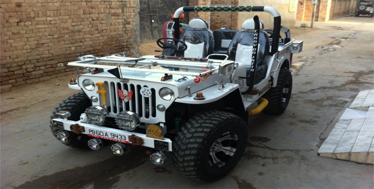 Extra modified Jeep 4