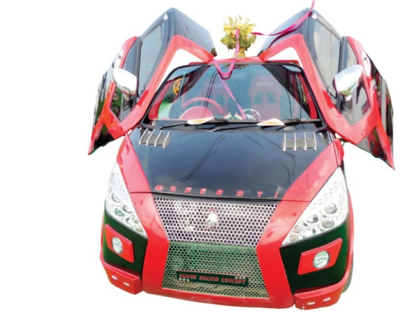 Gurmeet Ram Rahim Singh Insan's Modified Car 3