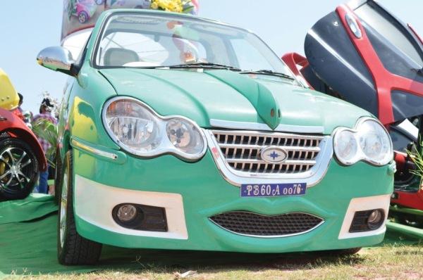 Gurmeet Ram Rahim Singh Insan's Modified Hyundai Santro