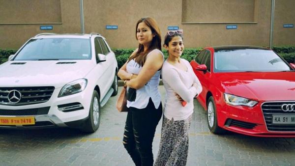 Jwala Gutta & Ashwini Ponnappa with their cars