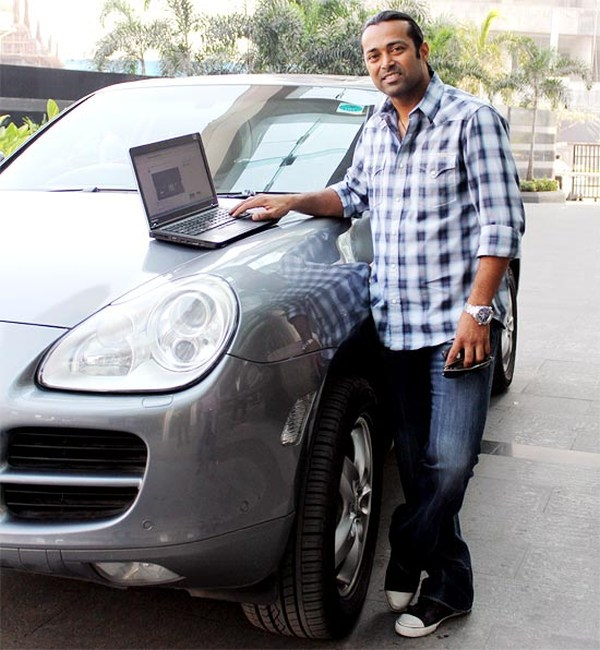 Leander Paes with his Porsche Cayenne