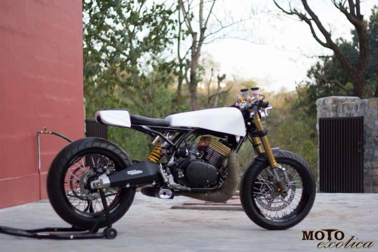 Motoexotica's Yamaha RD350 Retro Cafe Racer 9