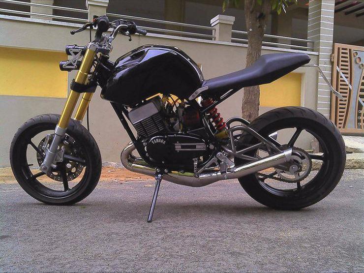 5 Beautifully Modified Yamaha Rd350 Motorcycles From India