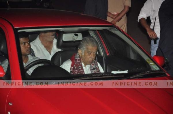 Shashi Kapoor in his Skoda Octavia