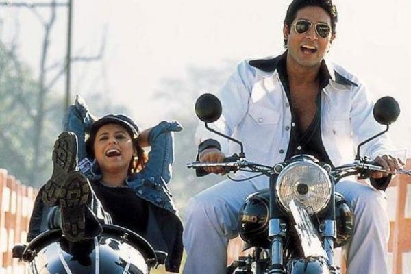 Abhishek Bachchan and Rani Mukherjee in a Royal Enfield with Sidecar