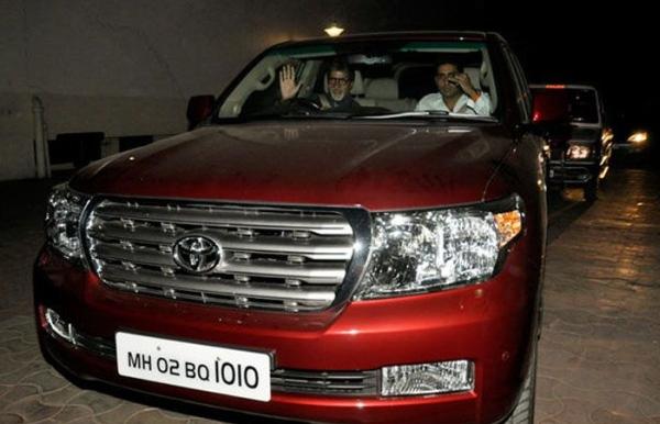 Amitabh Bachchan in his Toyota Land Cruiser