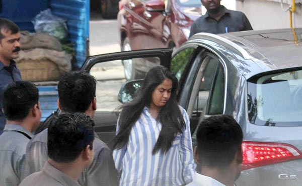 Arpita Khan with her Audi Q5