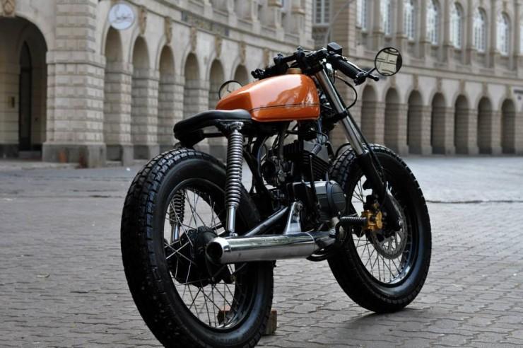 10 tastefully modified yamaha rx motorcycles for Yamaha 350cc motorcycles