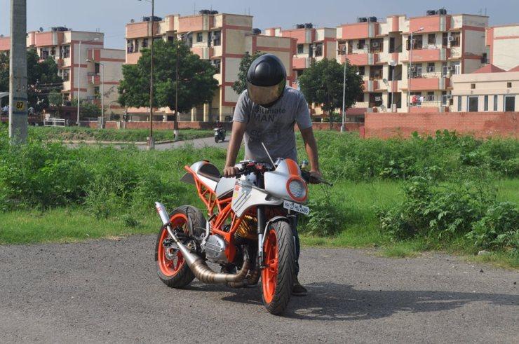 Flying Sikh RD350 Custom 5