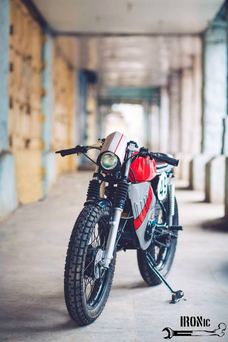 Suzuki swift 1997 fekeroszabalyzo besides Cri Forlimpopoli Al Debutto Il Nuovo X290 Con L eggianti Integrati Di Edm further 10 Tastefully Modified Yamaha Rx Motorcycles also Fiat Grande Punto Rot Heck I203196695 further Freemont. on fiat punto 2015