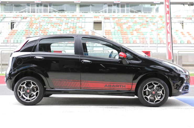 India Spec Fiat Punto Abarth 2