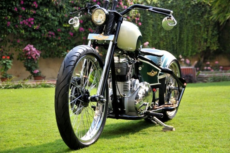 Rajputana Customs' Royal Enfield Nandi Custom 3