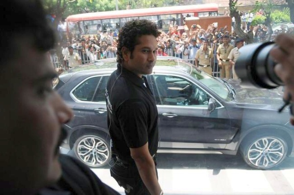 Sachin Tendulkar with his BMW X5