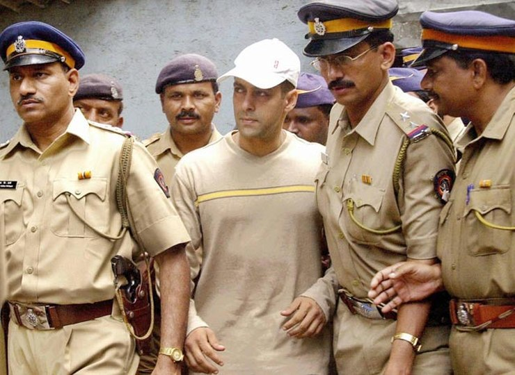 Salman Khan after a hearing of the drunk driving case