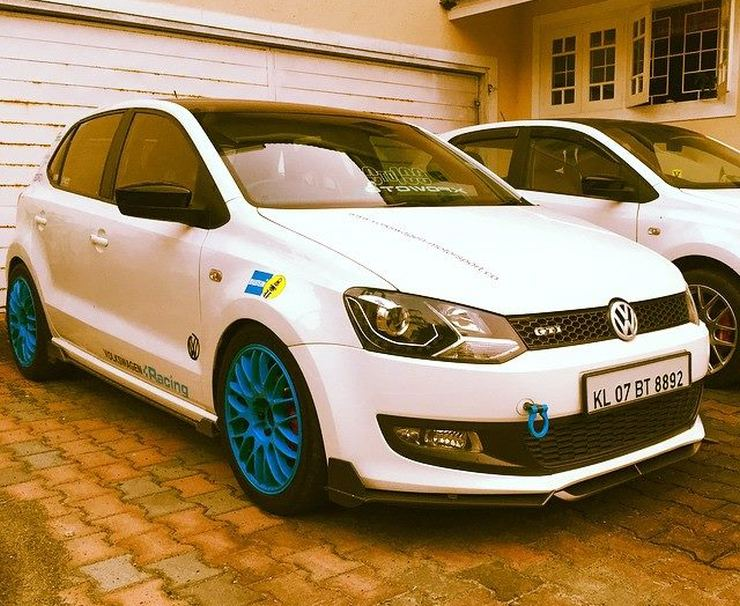 Volkswagen Polo with Blue alloys