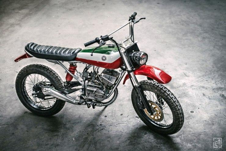 Yamaha RX100 Scrambler Custom 1