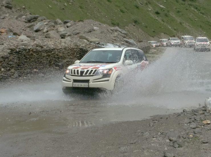Day 3 An XUV makes a splash near Sissu