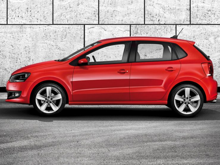 Volkswagen Polo in Red 2