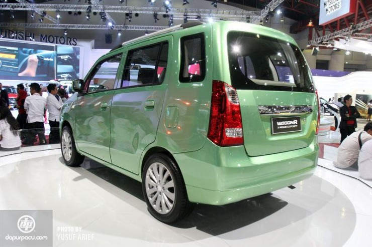 Maruti Suzuki Wagon R MPV rear