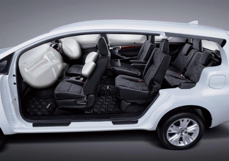 2016 Toyota Innova MPV 12
