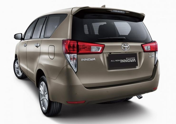 2016 Toyota Innova MPV 3