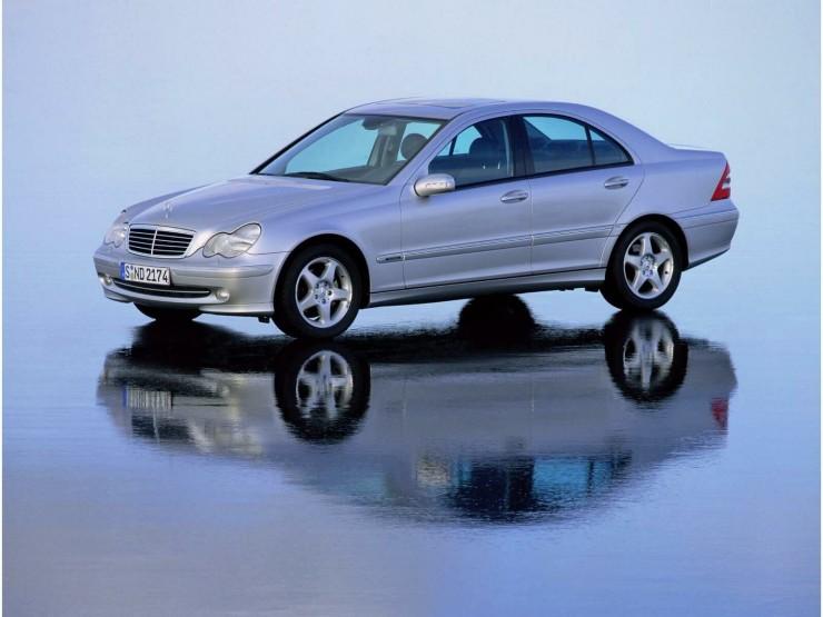 Mercedes_Benz-C_Class_W203_mp35_pic_10963