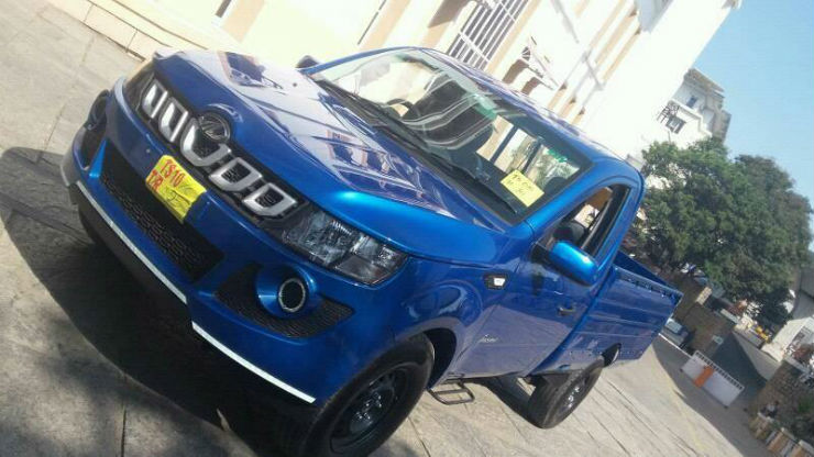 Mahindra Genio Facelift revealed by a spy shot