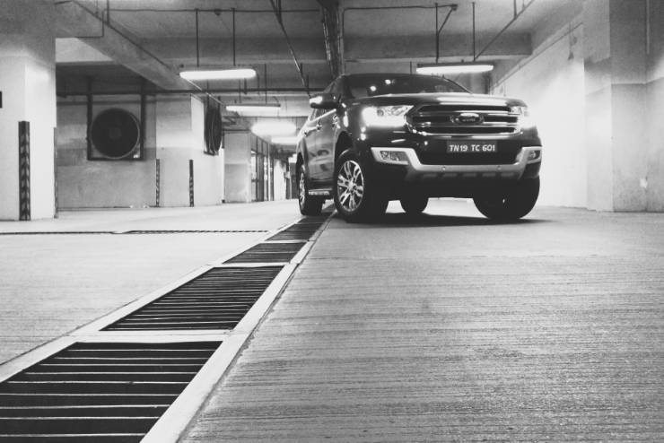 Ford Endeavour 2.2 First Drive Review