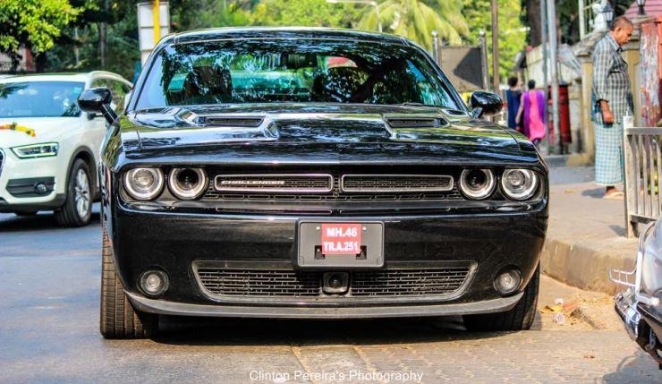 Dodge Challenger 1