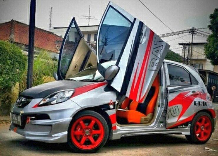 Honda Brio Scissor Doors