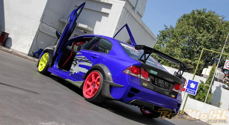 Honda Civic Scissor Doors 2