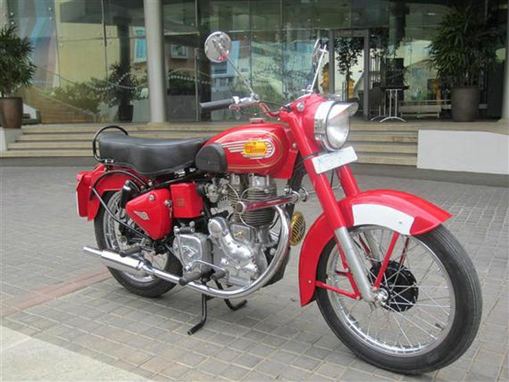 1970-Royal-Enfield-Bullet-Std-350