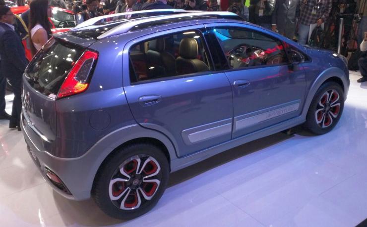 Fiat Avventura Urban Cross 1