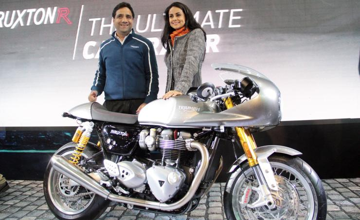 Gul Panag with the Triumph Thruxton at the Auto Expo