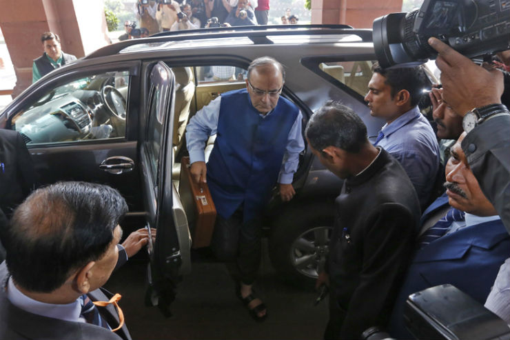 Union Budget 2016 – Cars and SUVs to get more expensive, road network to improve