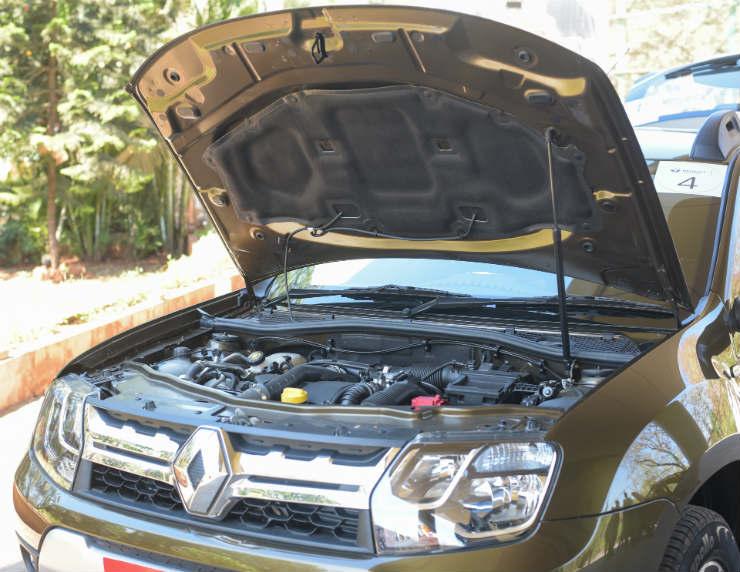 Renault Duster Bonnet