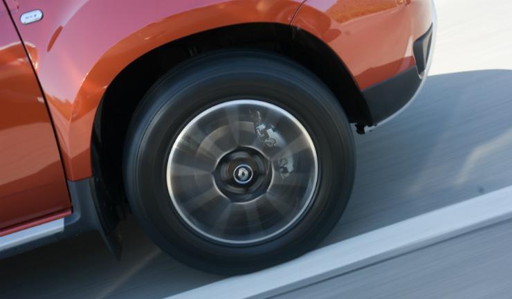 Renault Duster Facelift Alloy Wheel Motion