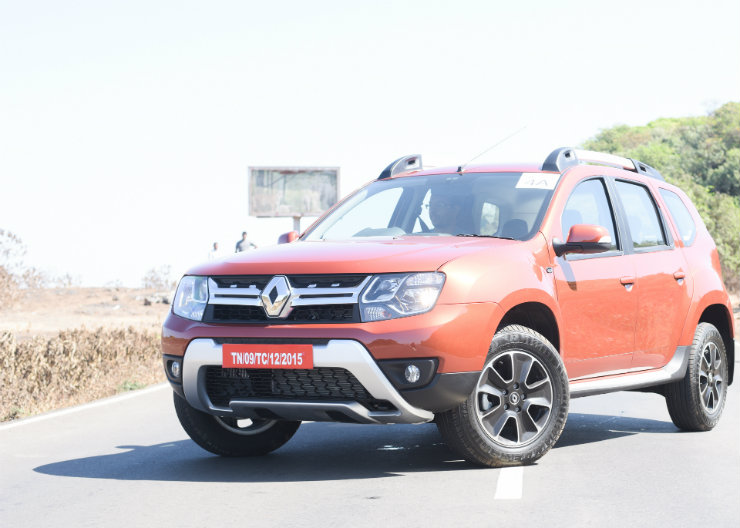 Renault Duster Facelift Front Three Quarter Still
