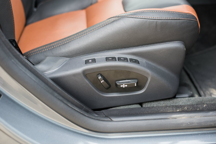 Volvo S60 Cross Country seats