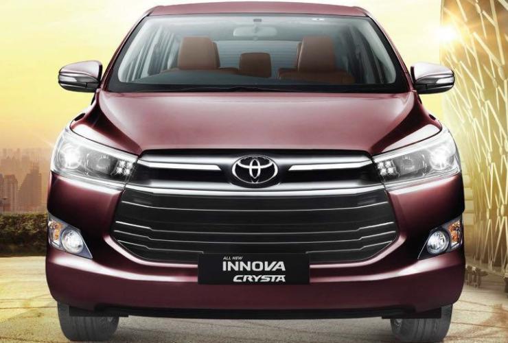 Toyota Innova Crysta 1